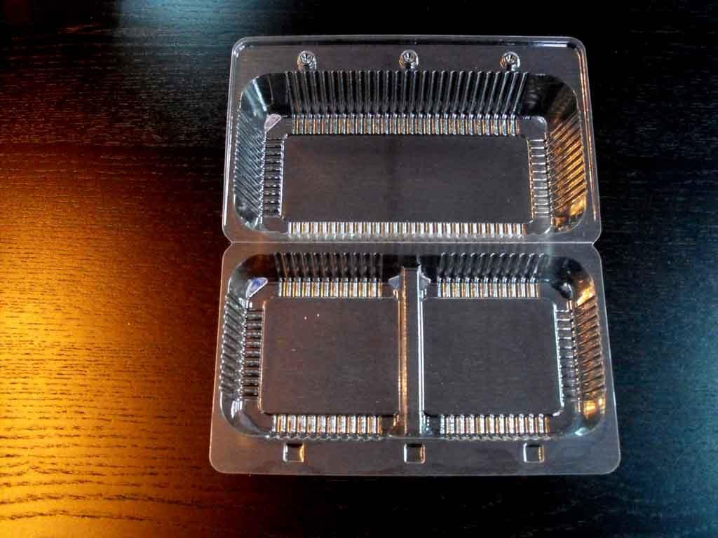 Caserola din plastic cu 2 compartimente pentru cupcakes (3)