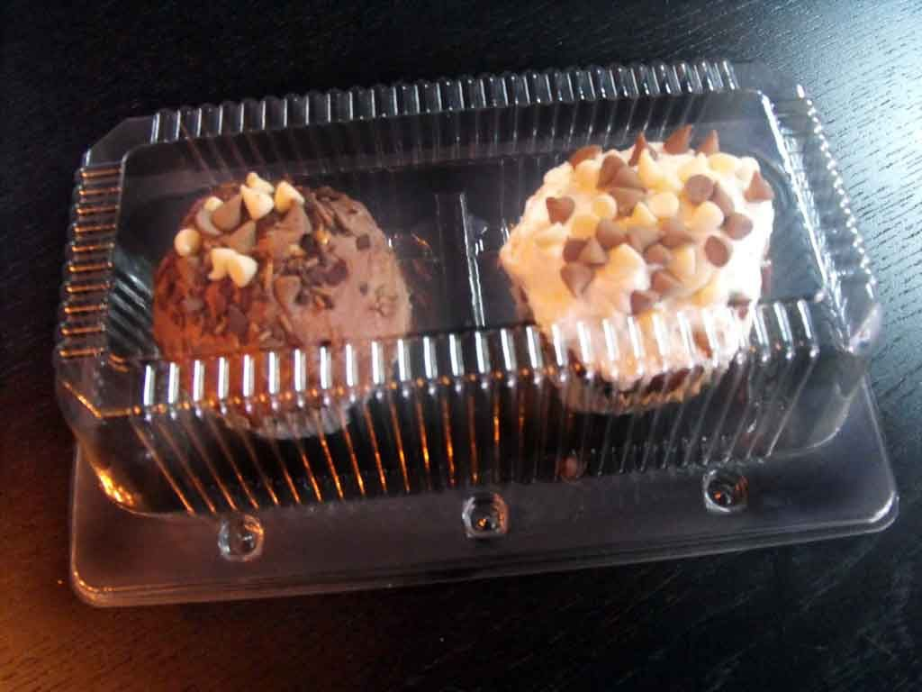 Caserola din plastic cu 2 compartimente pentru cupcakes (8)