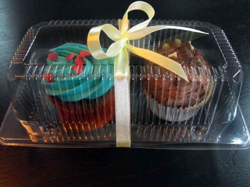 Caserola din plastic cu 2 compartimente pentru muffins (3)