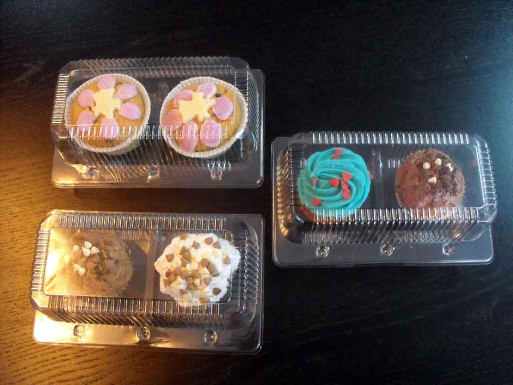 Caserola din plastic cu 2 compartimente pentru muffins (4)