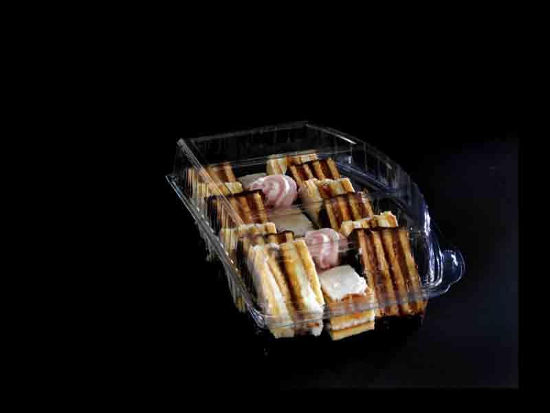 Caserola din plastic cu 3 compartimente pentru prajituri (4)