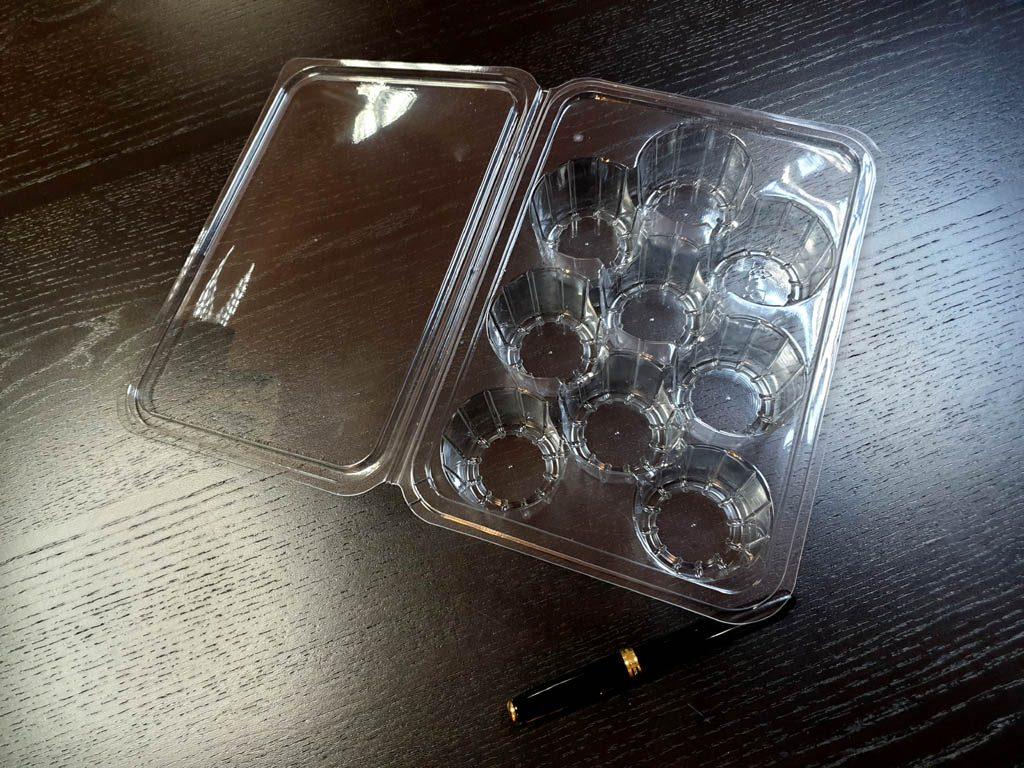 Caserola din plastic cu 9 alveole pentru biscuiti (1)