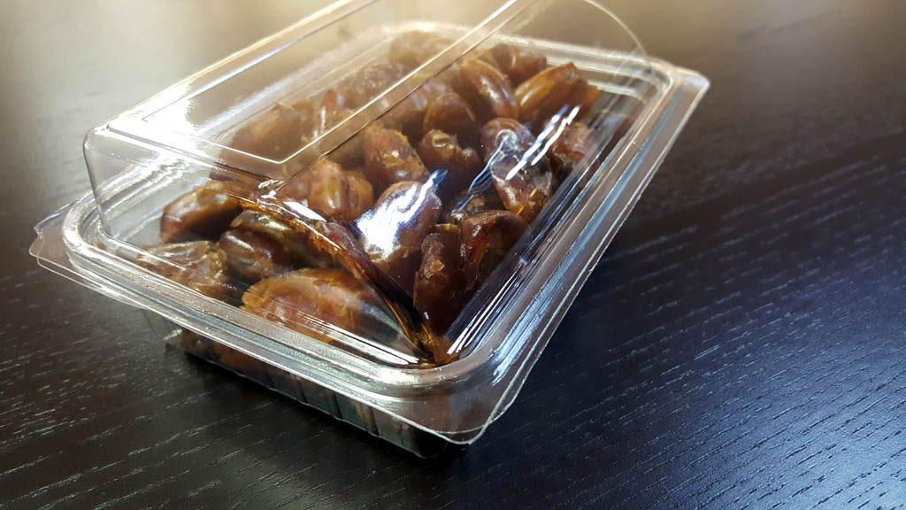 Caserola din plastic cu capac transparent pentru fructe uscate (1)