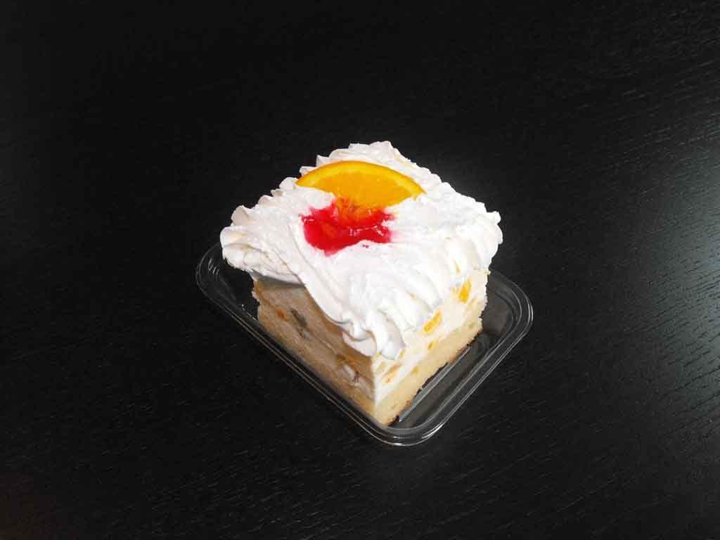 Caserola din plastic pentru o prajitura cu frisca (2)
