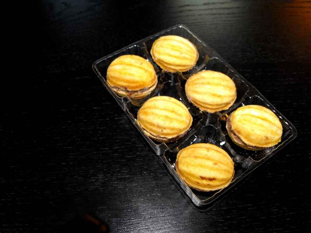 Chese plastic 6 alveole pentru dulciuri (1)