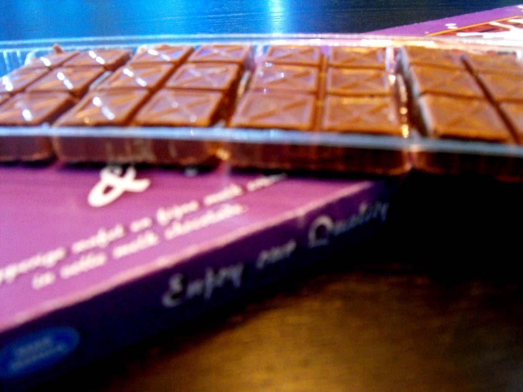 Chese Rezistente Din Plastic Pentru 8 Alveole Bomboane Ciocolata