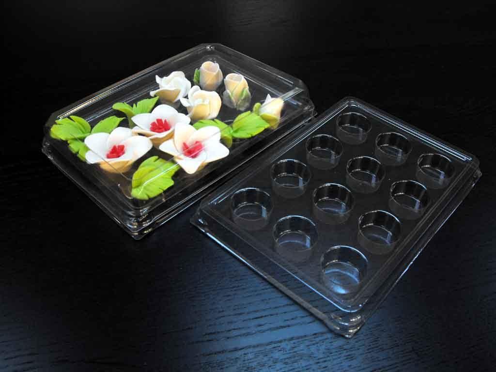Chese plastic cu 12 alveole pentru ornamente tort (1)