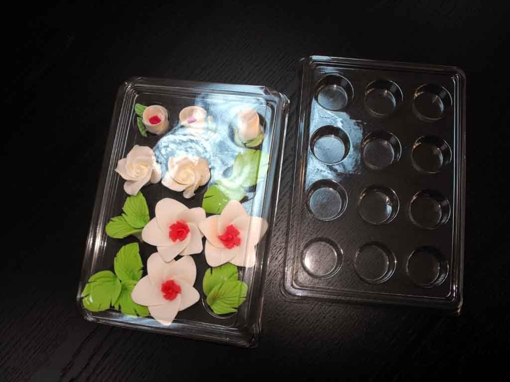 Chese plastic cu 12 alveole pentru ornamente tort (4)