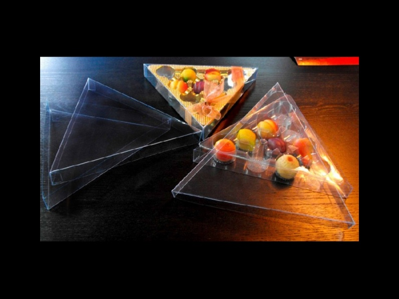 Chese plastic figurine martipan triunghi (1)