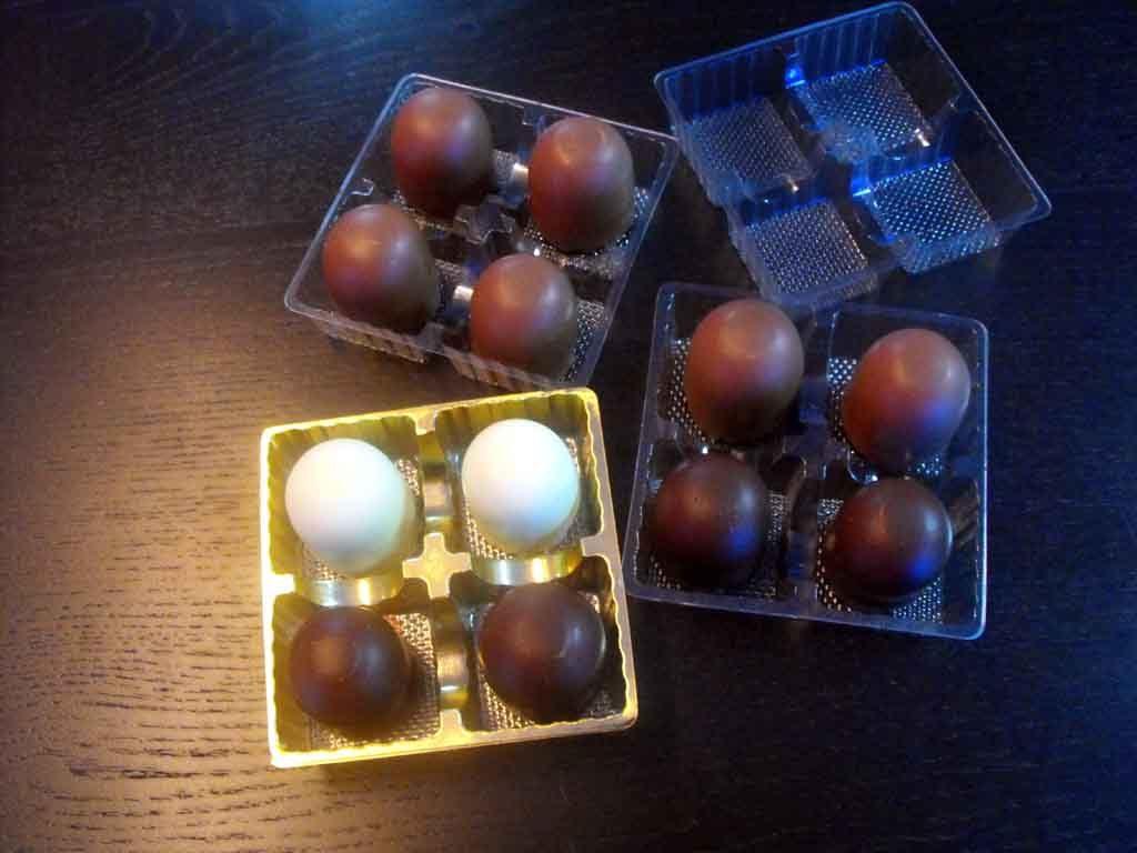 Chese Transparente Din Plastic Pentru 4 Figurine Marshmallow