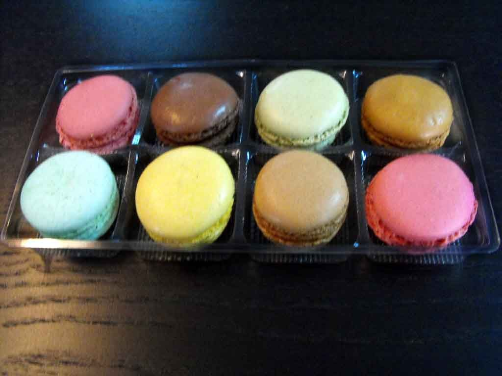 Chese plastic pentru 8 macarons (1)