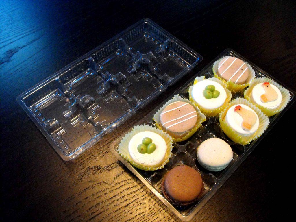 Chese plastic pentru 8 prajiturele (1)