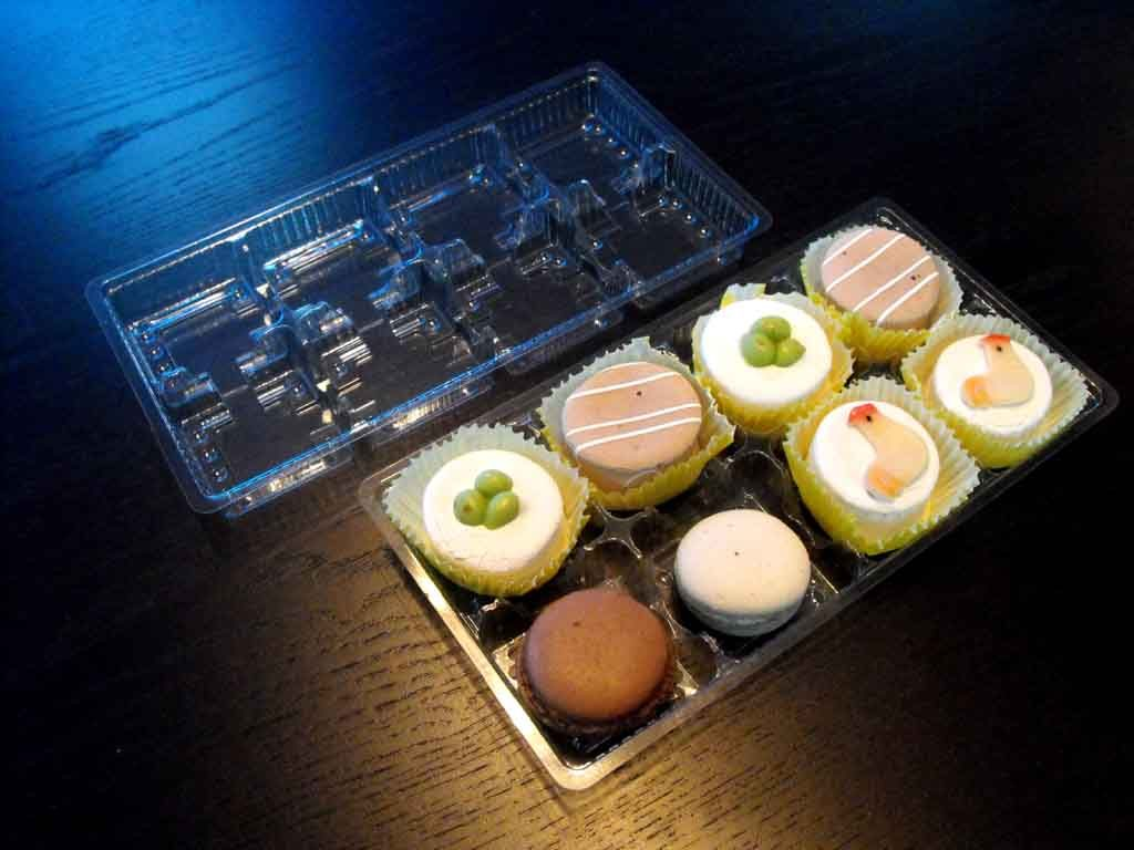 Chese plastic pentru 8 prajiturele (3)