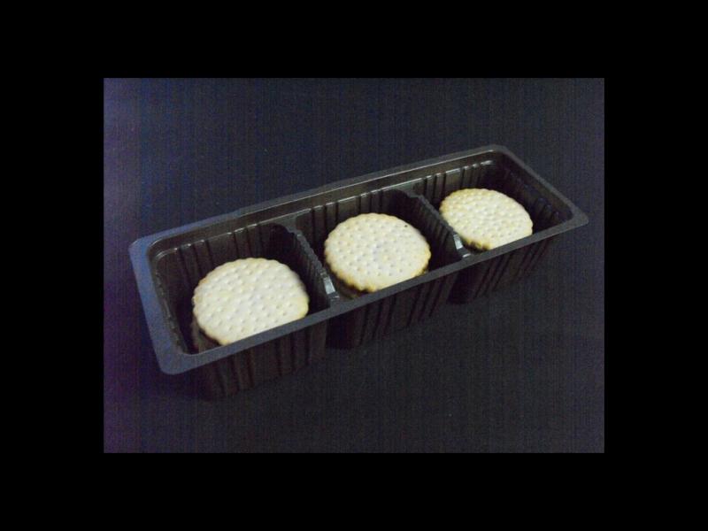Chese plastic pentru biscuiti 3 compartimente (4)