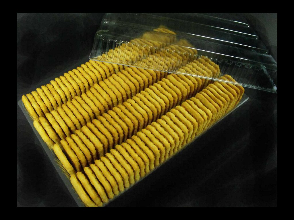 Chese plastic pentru biscuiti patrati (1)