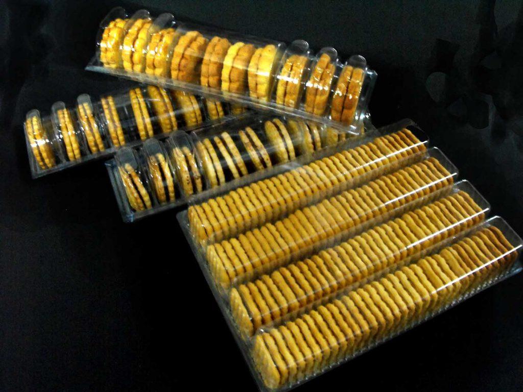 Chese plastic pentru biscuiti patrati (2)