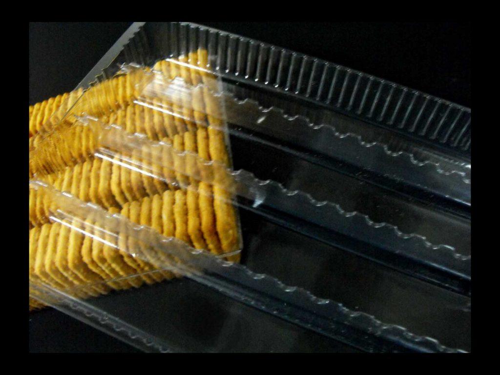 Chese plastic pentru biscuiti patrati (3)