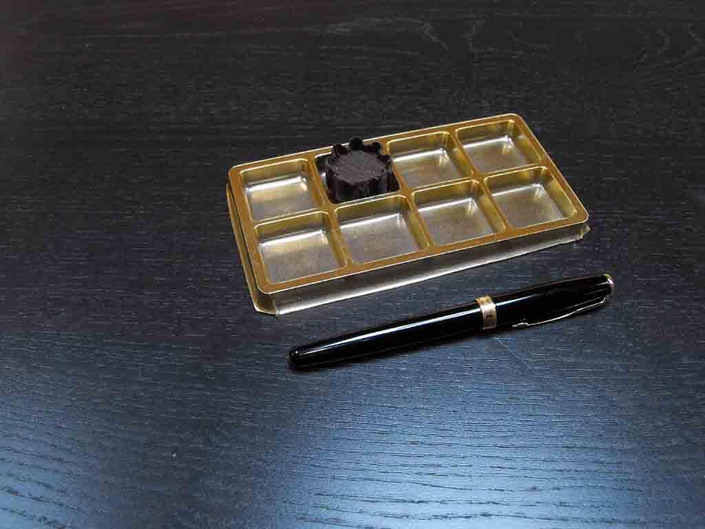 Chese plastic pentru bomboane aurii (3)