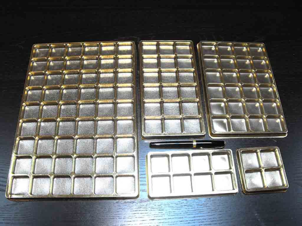 Chese plastic pentru bomboane aurii (4)