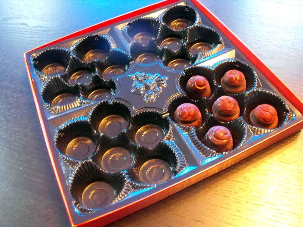 Chese plastic pentru bomboane ciocolata - 6 alveole (2)
