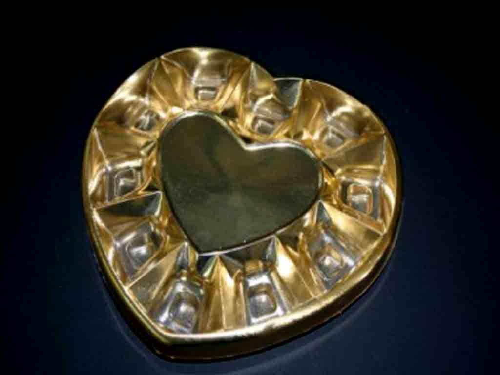 Chese plastic pentru bomboane-inimioara