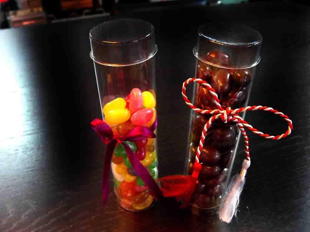 Cilindru din plastic pentru arahide, drajeuri (2)