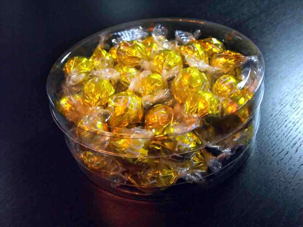 Cilindru din plastic pentru bomboane ciocolata (4)