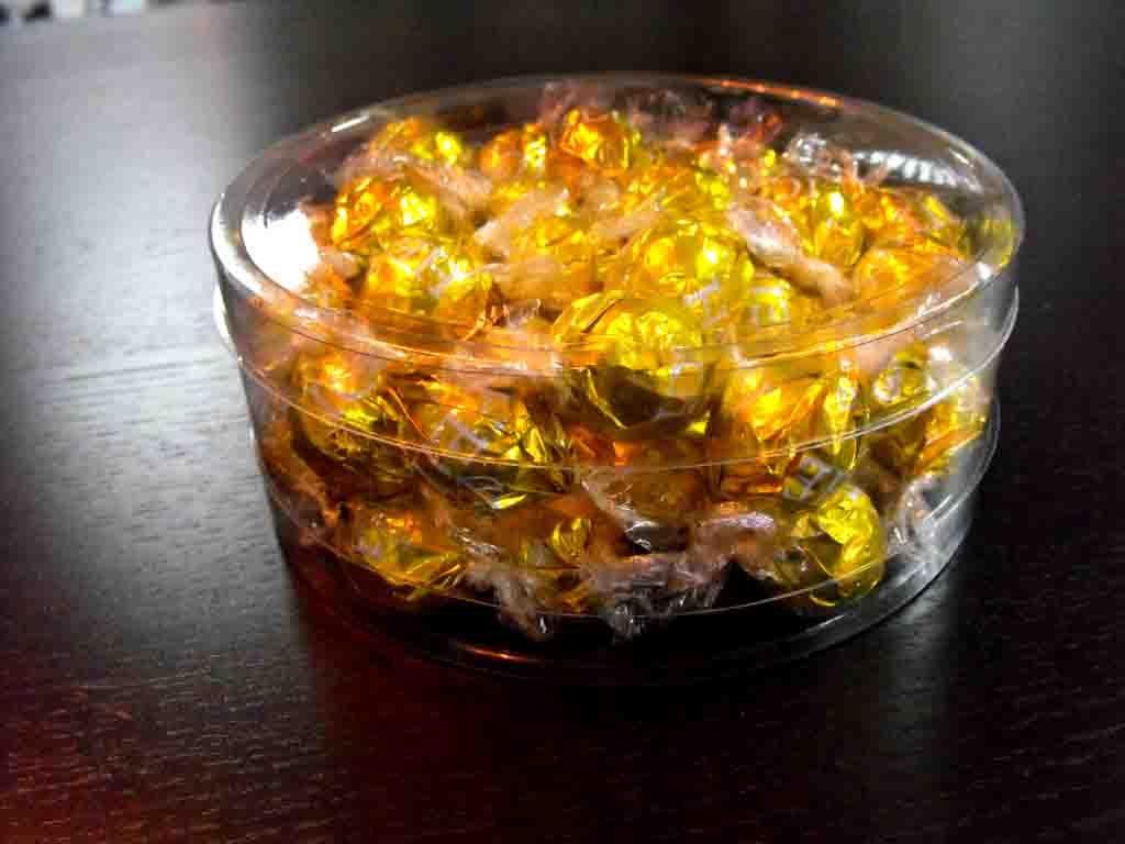 Cilindru din plastic pentru bomboane ciocolata (5)