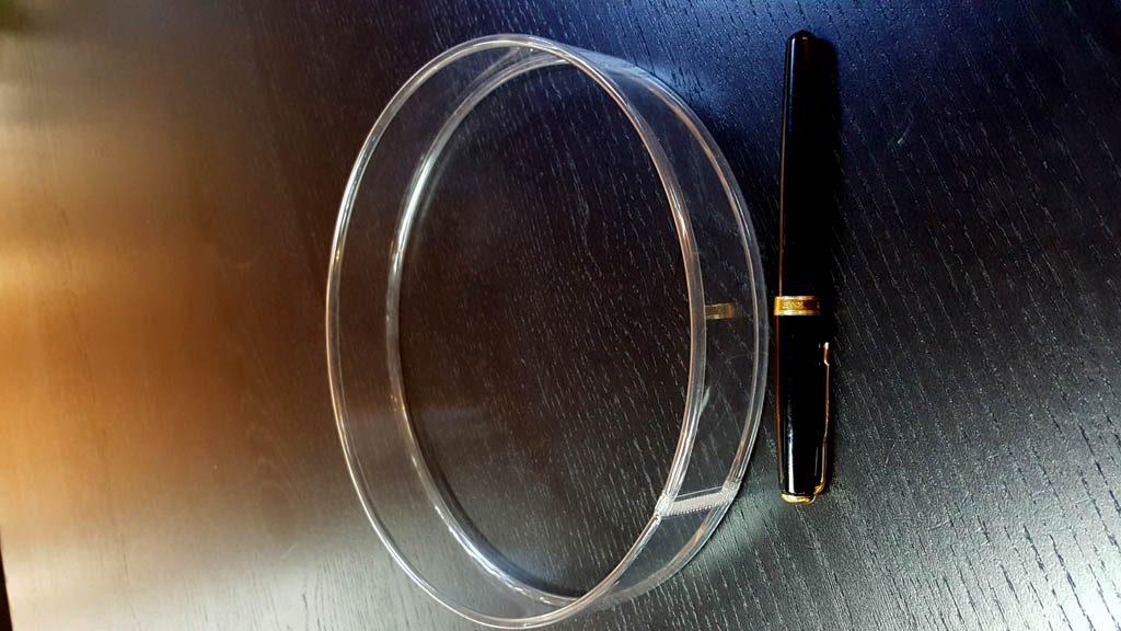Cilindri Dure Din Plastic Pentru Praline Tava