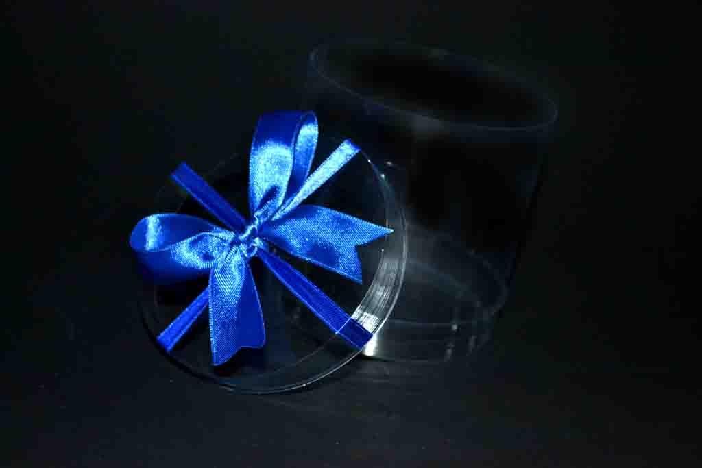 Cilindru plastic pentru cadouri cu funda (5)