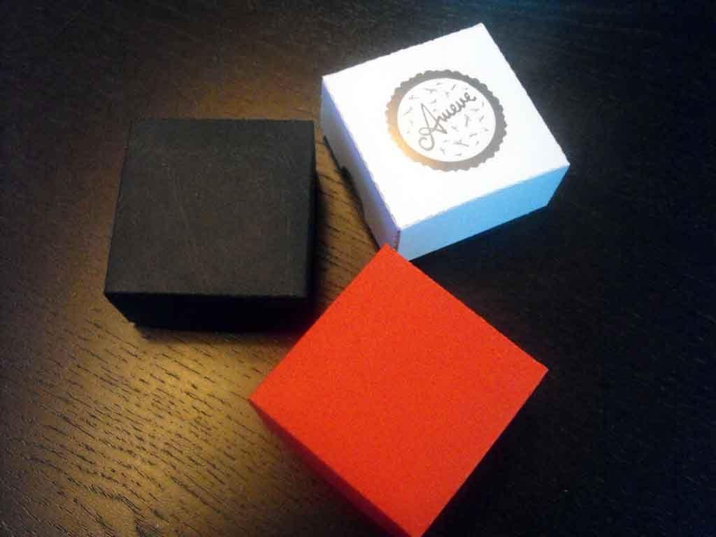 Cutie de carton pentru bijuterii, cercei etc (2)