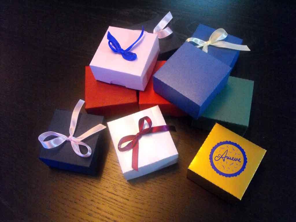Cutie de carton pentru bijuterii, coliere etc (1)