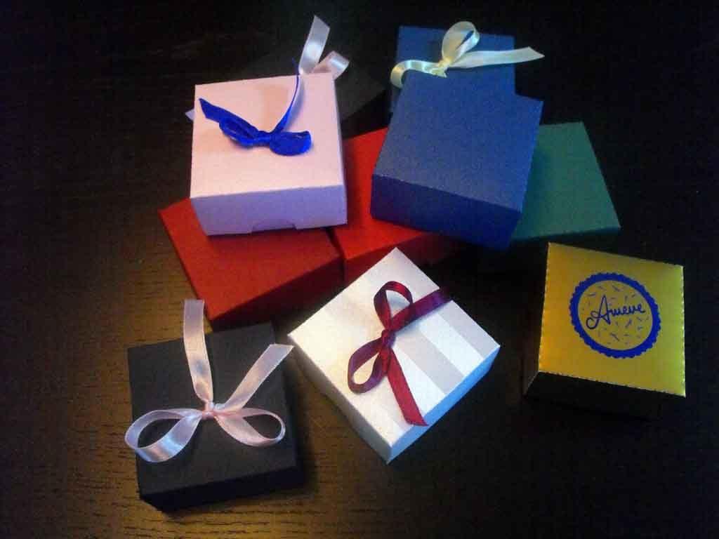 Cutie de carton pentru bijuterii, coliere etc (3)