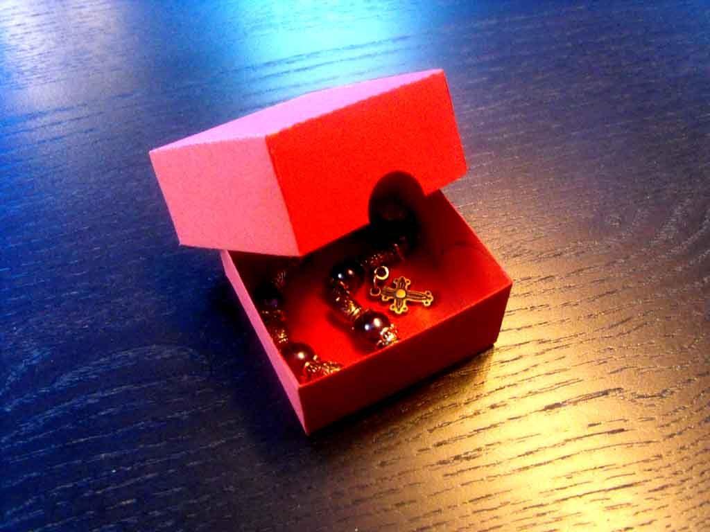 Cutie de carton pentru bratari (3)
