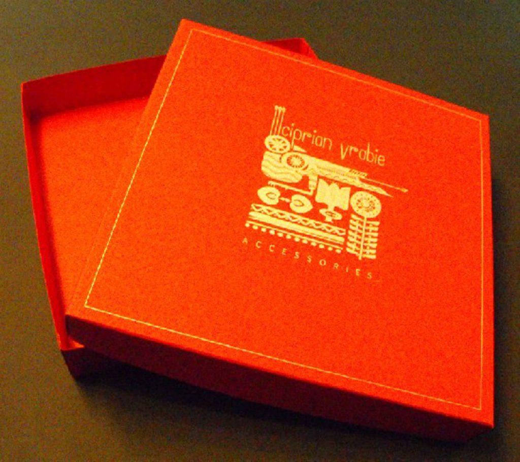 Cutie de carton pentru cadouri, accesorii (3)