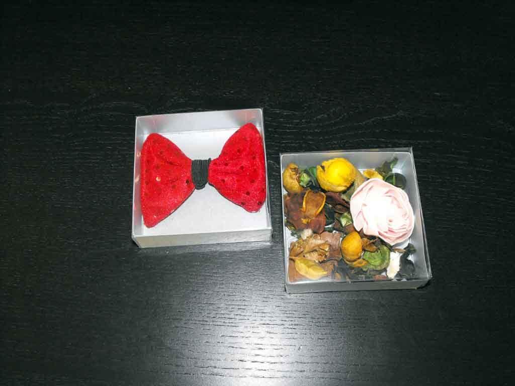 Cutie de carton pentru cadouri, papioane (2)