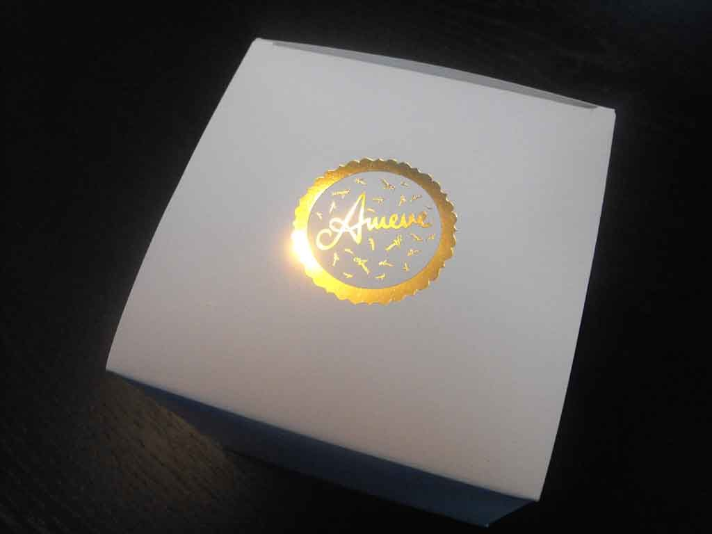 Cutie de carton pentru cadouri speciale (3)