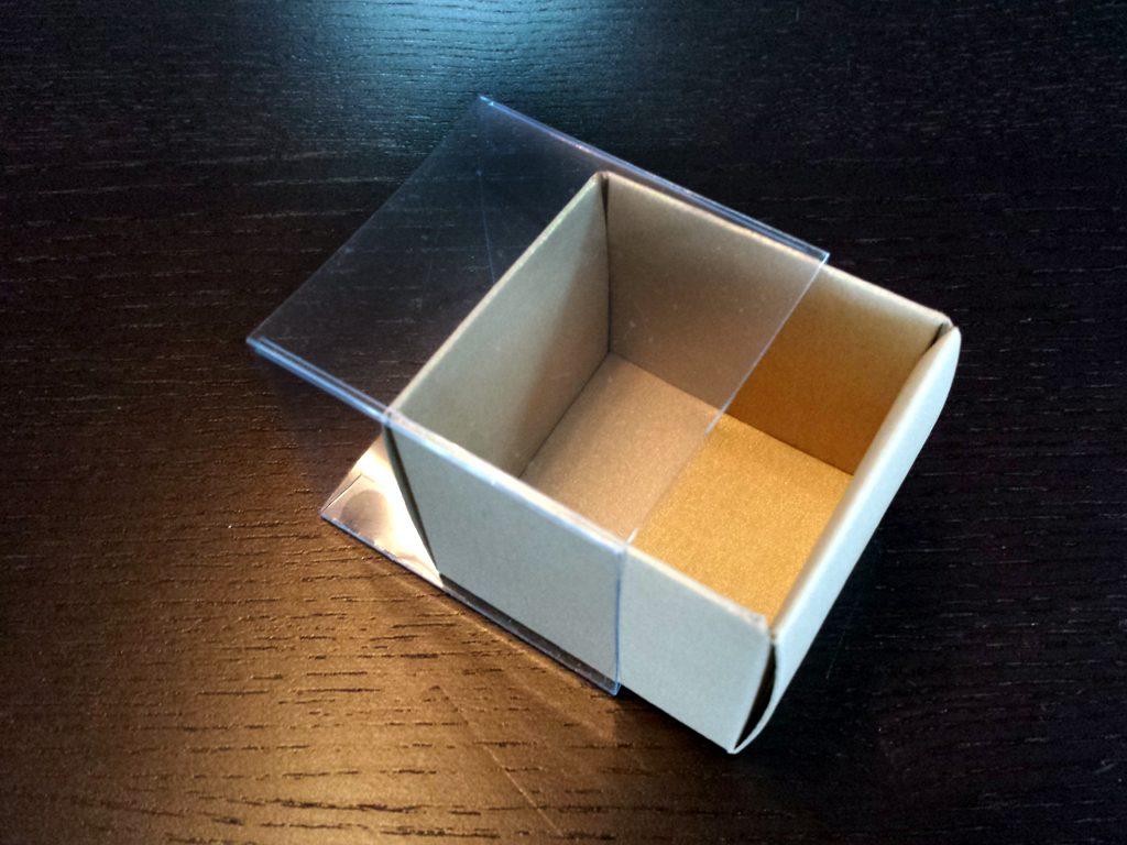 Cutie din carton pentru 2 macarons (1)
