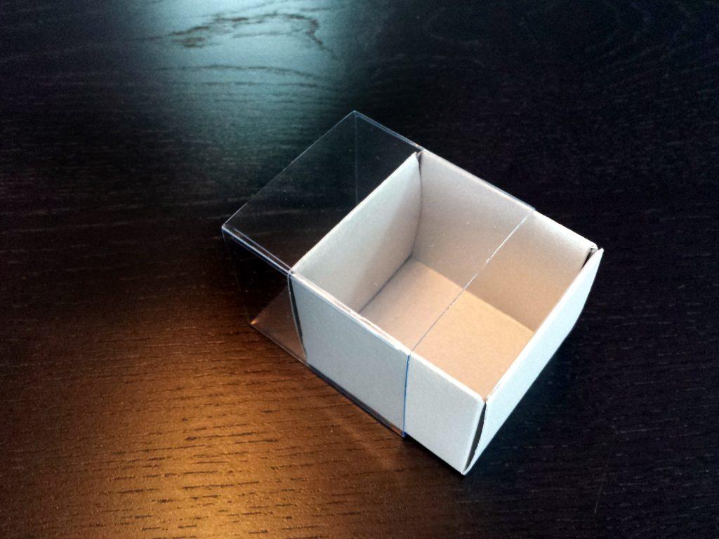 Cutie din carton pentru 2 macarons (10)