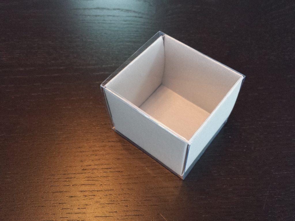 Cutie din carton pentru 2 macarons (11)