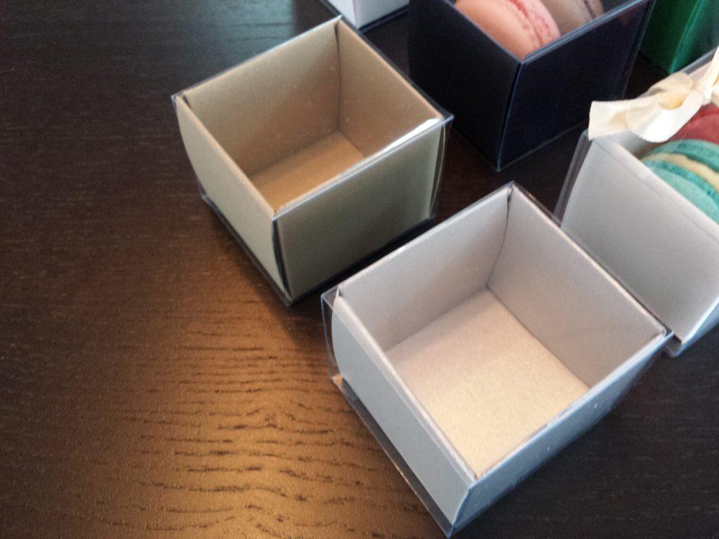Cutie din carton pentru 2 macarons (5)