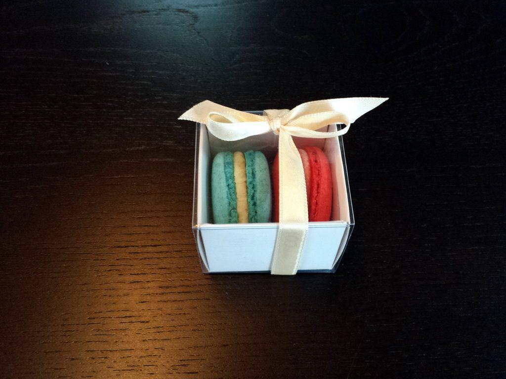 Cutie din carton pentru 2 macarons (9)