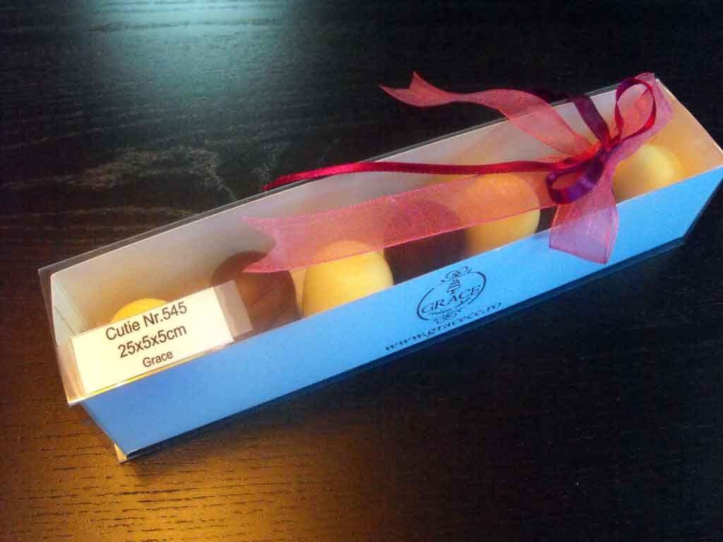 Cutie din carton pentru 7 figurine marshmallow (6)