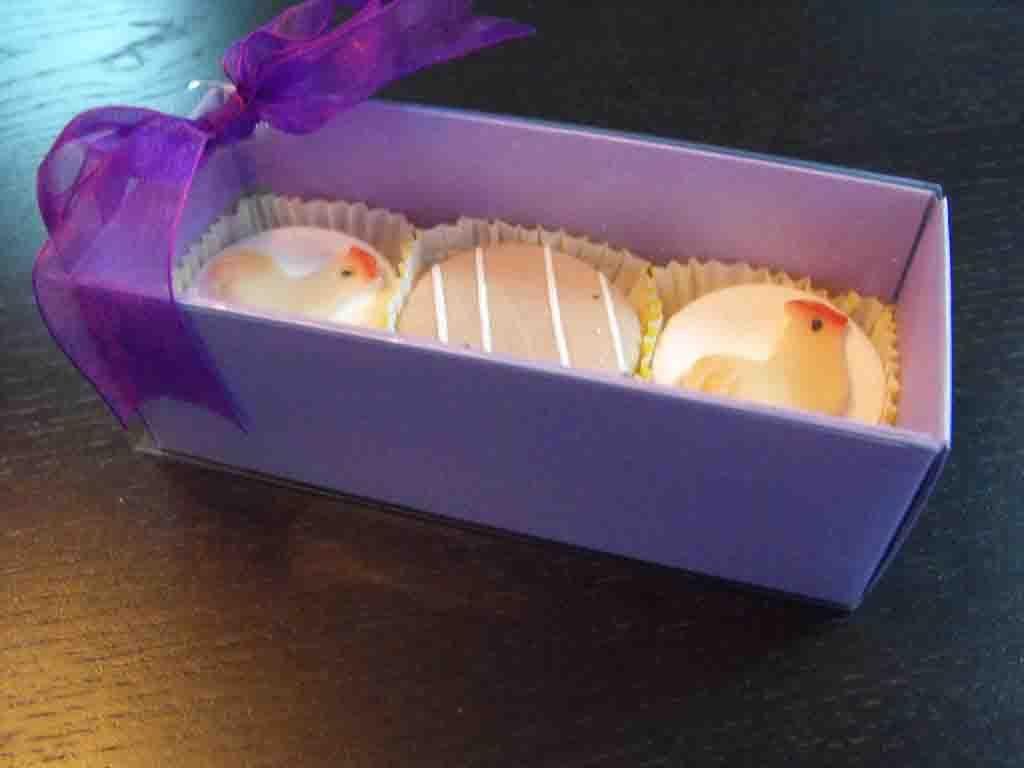 Cutie din carton pentru petits fours (3)