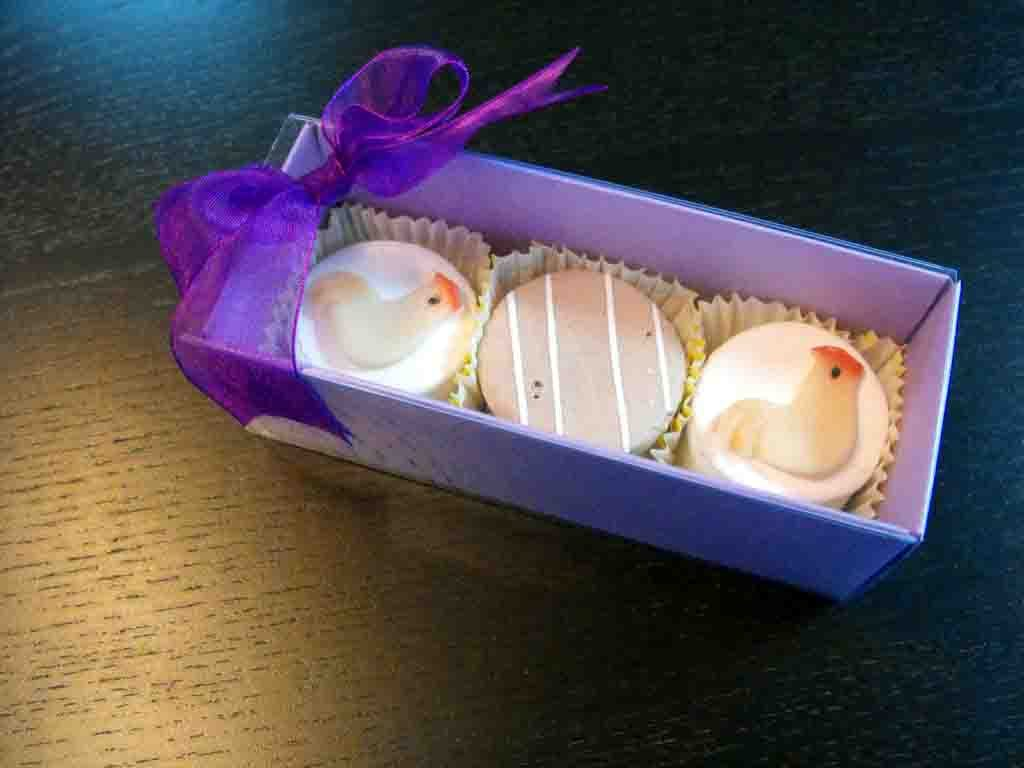 Cutie din carton pentru petits fours (4)