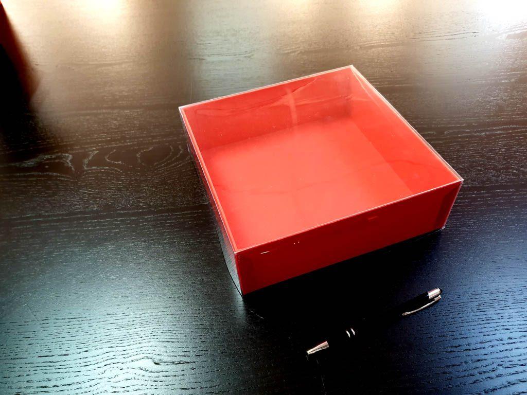 Cutie rigida cu capac pentru cadouri (2)