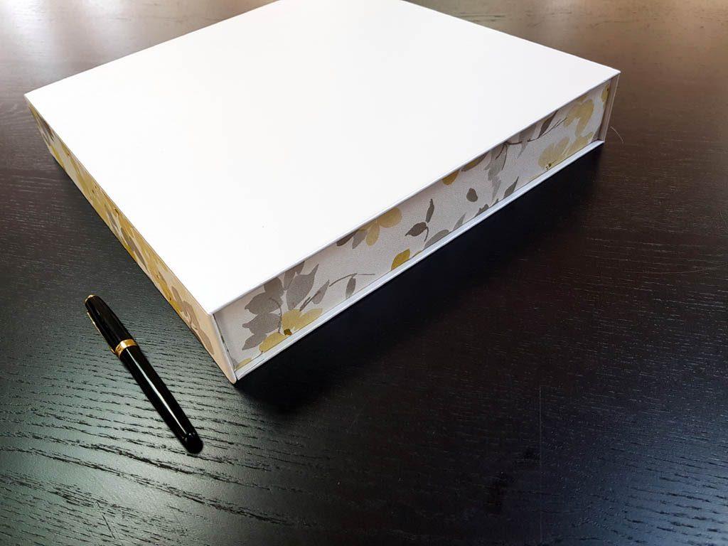 Cutie rigida cu magnet pentru cadouri (15)