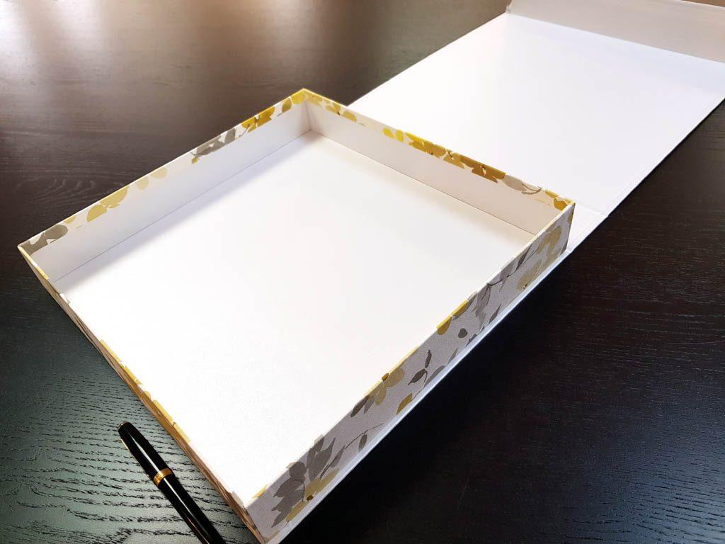 Cutie rigida cu magnet pentru cadouri (18)