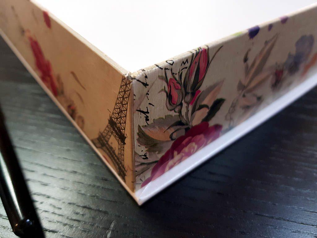 Cutie rigida cu magnet pentru cadouri (4)