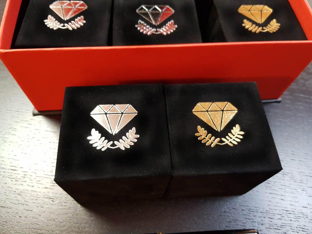 Cutie rigida cu magnet pentru inele, verighete, cercei, pini (2)